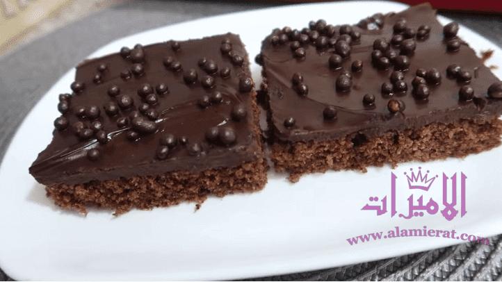 مطبخ ام وليد - كيكة السبع ملاعق الاقتصادية ، بيضتين فقط ، بكريمة الشوكولا اللذيذه