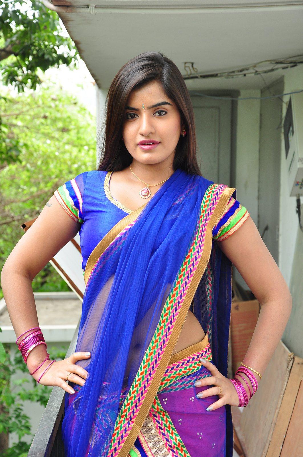 Saree Navel: Keerthana Podwal Navel Show Stills In Blue Saree