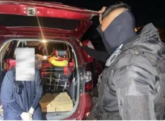 Curiga Mobil Ini Bergoyang-Goyang, Ternyata Orangnya Didalam Lagi Wik-Wik