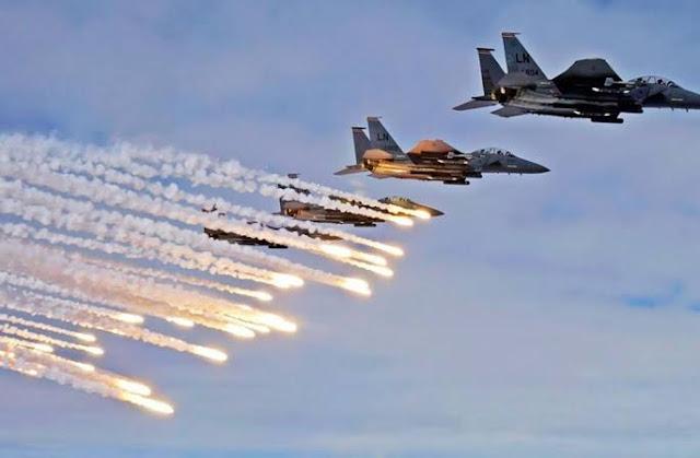 مقاتلات امريكية تقصف مقرات تابعة لكتائب حزب الله في العراق.