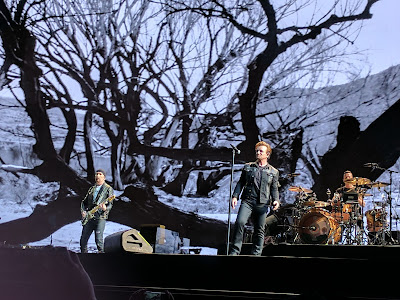 U2 Joshua Tree tour proves the world is a better place.