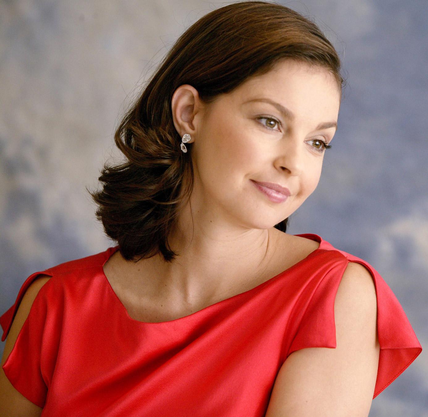 Pretty Desktop Wallpapers For Girls 2012 Ashley Judd Picture 1hot Wallpapers Hot Wallpapers