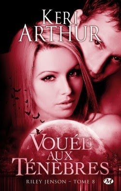 http://lachroniquedespassions.blogspot.fr/2014/03/riley-jenson-tome-8-vouee-aux-tenebres.html