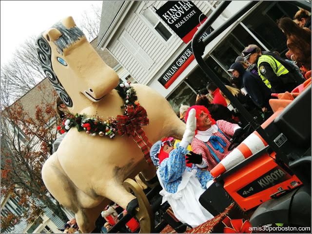 Juguetes Navidad en el Desfile de Acción de Gracias en Plymouth