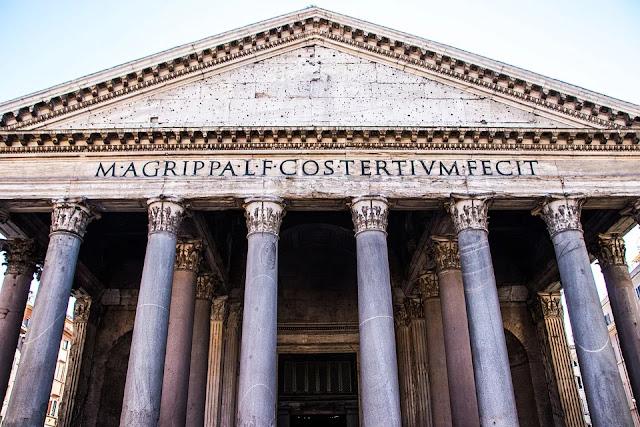 fregio architettonico-Pantheon-Roma