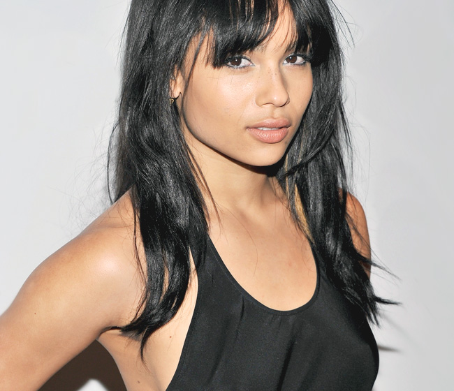 Zoe Kravitz Vs Amber Heard: Super Hollywood: Zoe Kravitz Profile, Pictures And Wallpapers