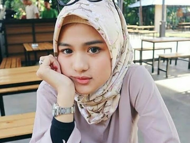 Happy Hijaber Sweety