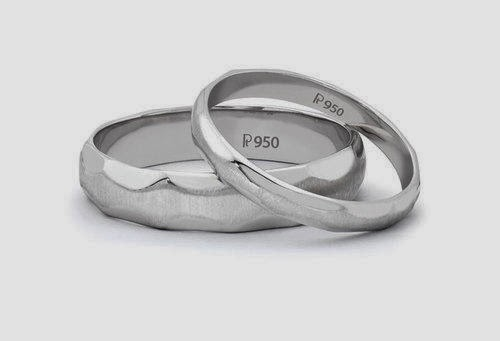 Platinum Love Bands below Rs. 20000 Design Code : SJ PTO 134