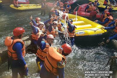 body rafting di bandung
