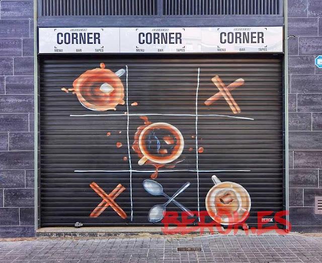 graffitis persianas Barcelona Bar