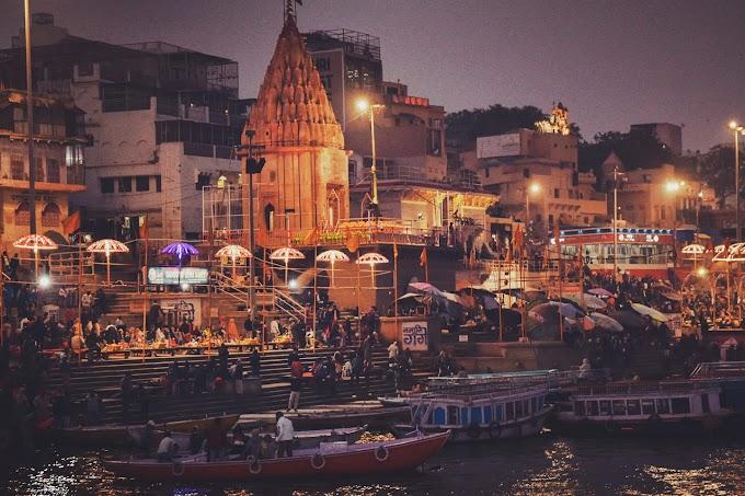 Dashwamedh Ghat Varanasi
