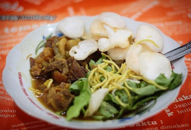 Tempat Makan Terdekat Tahu Campur di Surabaya;Tempat Makan Tahu Campur di Surabaya