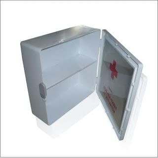 X-Logers.net Maspion Kotak P3K AA Onemed Putih Dinding