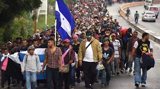 """Gobierno de México congela cuentas bancarias de """"traficantes de personas"""" vinculados a las caravanas de migrantes"""