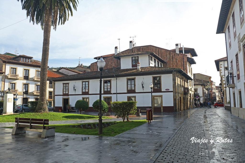 Plaza Caveda y Nava de Villaviciosa