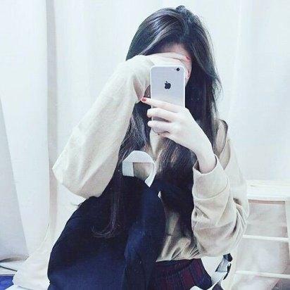 cute girls selfie with i phone