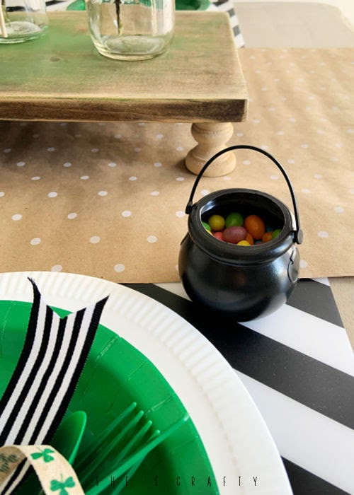 St Patrick's Day Table Setting - cauldron treat containers.