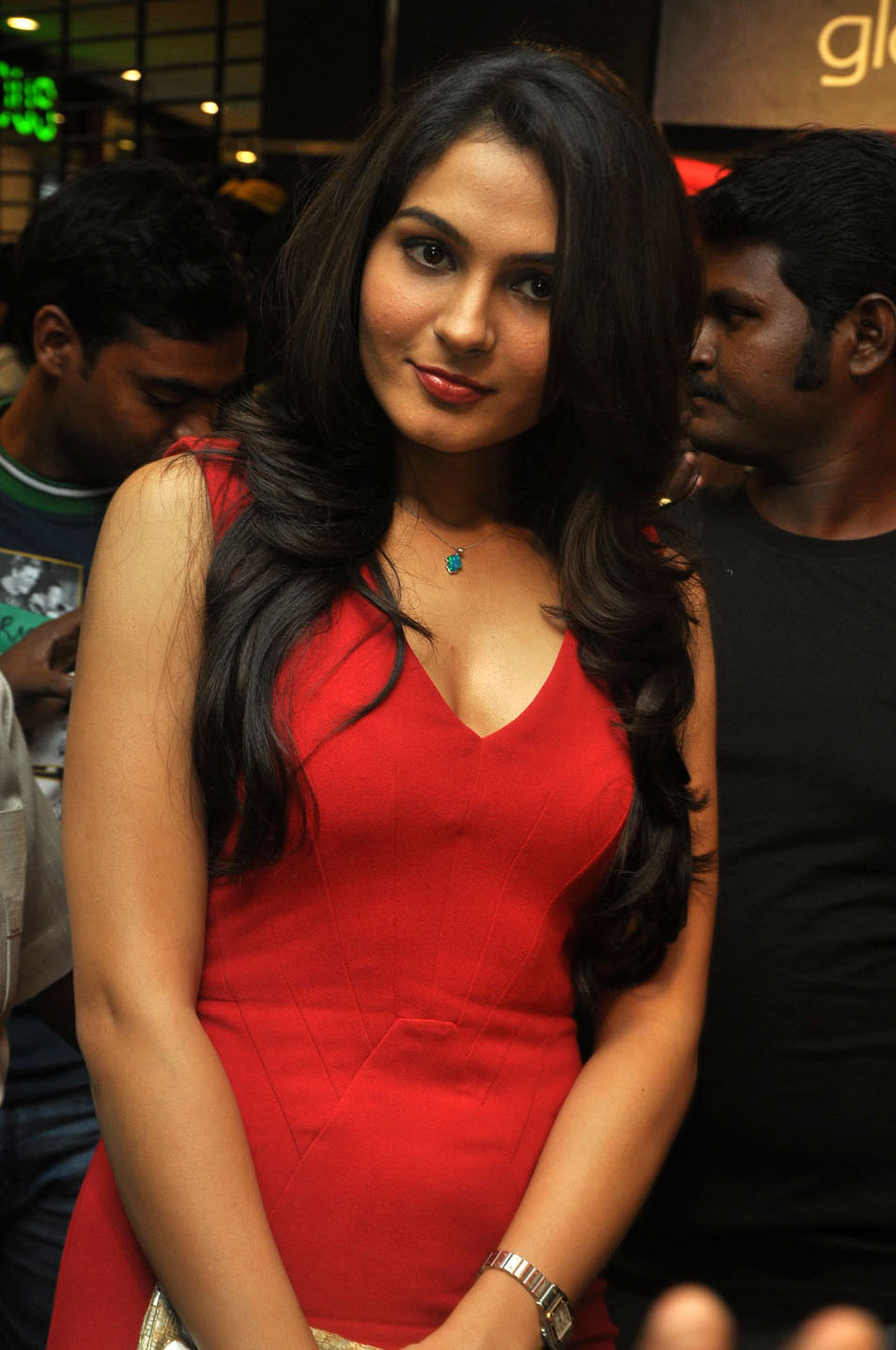 Kollywood Actress Andrea Photos in Red Dress