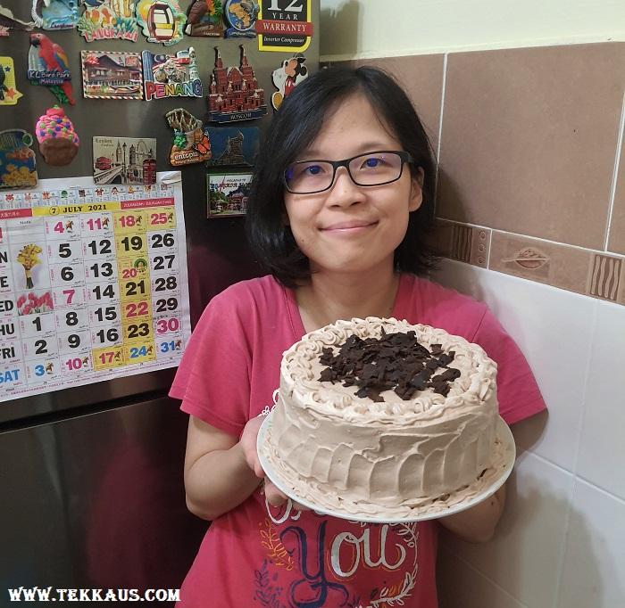 Mommy Baked Chocolate Birthday Cake