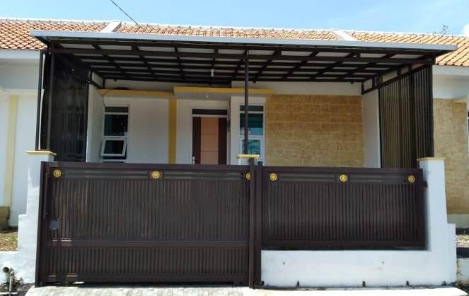 Warna depan rumah minimalis type 30 dengan warna hitam
