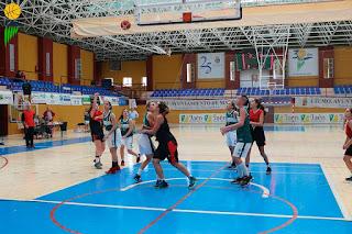 El filial del CAB Linares comienza con potencia la Liga Provincial Femenina