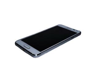 Daftar Hp Android Baterai 5000 mAh Dengan Harga 1-3 jutaan