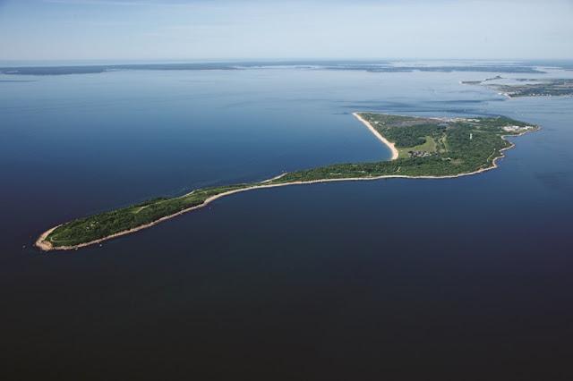 isla-Plum-experimentos-biologicos