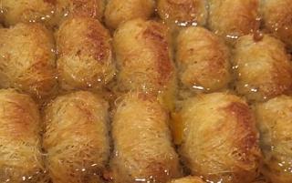 Αγαπημένη συνταγή για Κανταΐφι με καρύδια. Παραμένει σταθερή αξία