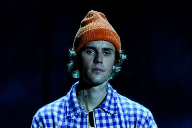 """""""Singer Justin Bieber teams up with former rivals for Christmas song"""""""