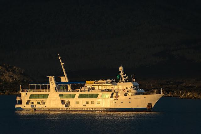 Isabela II, Puerto Egas