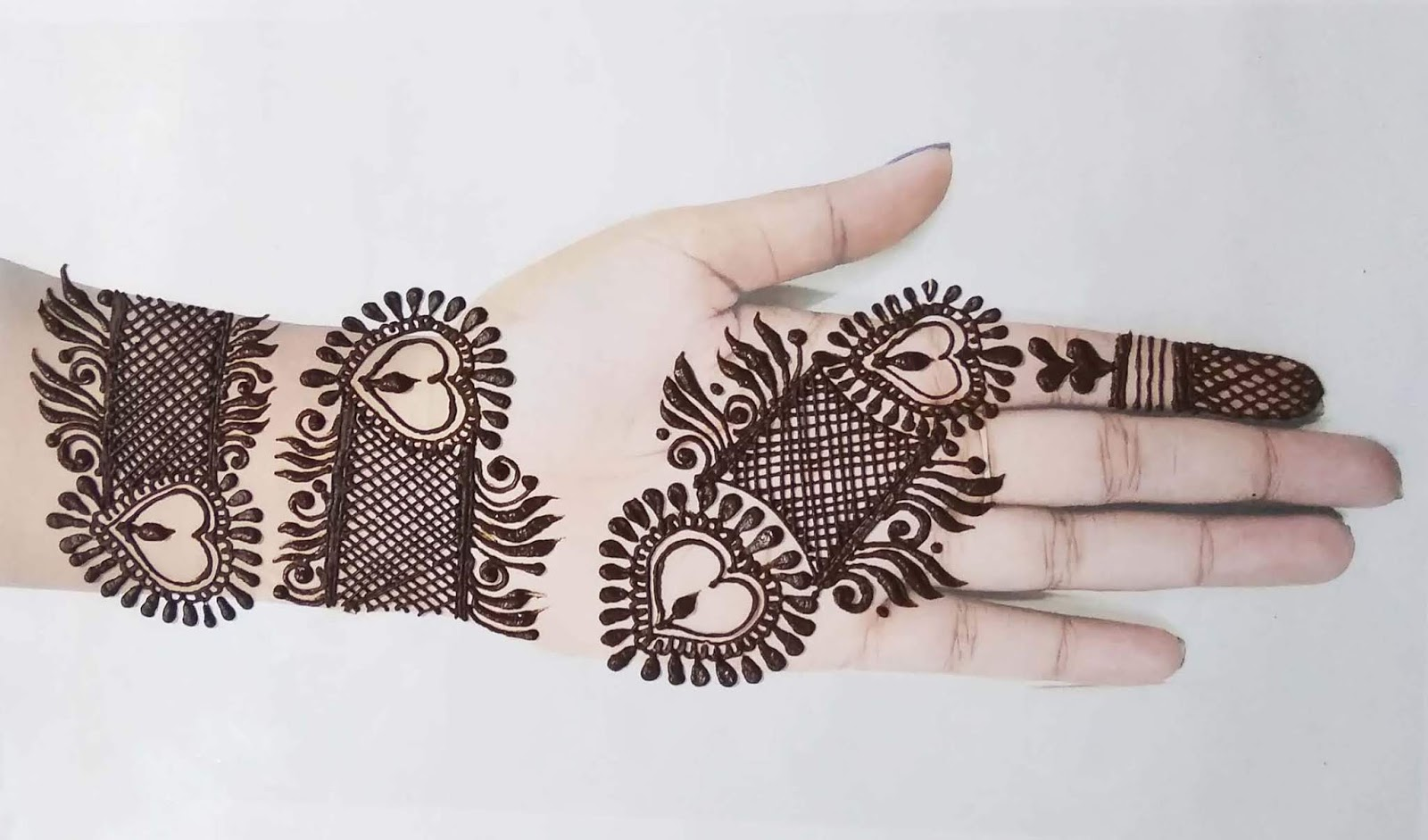 Jali Style Mehndi Design