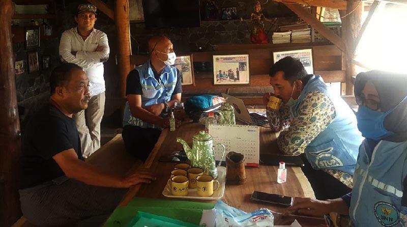 BNNP Jabar Resmikan Desa Cikadut Jadi Bersih Narkoba ke- 56
