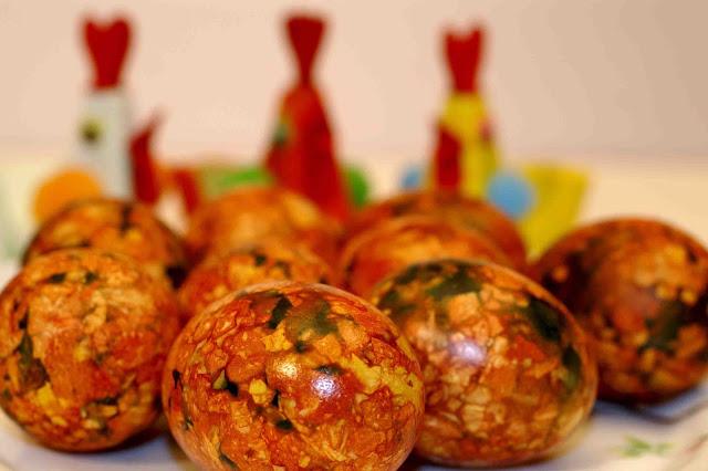 Пасха, Светлое воскресенье, пасхальный стол, пасхальные блюда, пасхальные рецепты, яйца, яйца заливные, в яичной скорлупе, заливное в яичной скорлупе, закуска, закуска желированная, яйца с начинкой, яйца желированные, закуска пасхальная, закуска заливная, коллекция рецептов, еда, кулинария, рецепты кулинарные, Праздничный мир, советы кулинарные,   купить на Пасху, как приготовить яйца фаберже, закуска яйца фаберже рецепт с фото, советы кулинарные, http://prazdnichnymir.ru/,