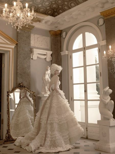 belles robes de mariée haute couture dans l'esprit marie-antoinette, vanessa lekpa