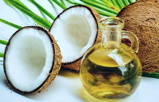 nariyal tel ke fayde | नारियल तेल के फ़ायदे