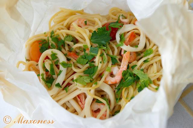 Спагетти, запеченные в пергаменте