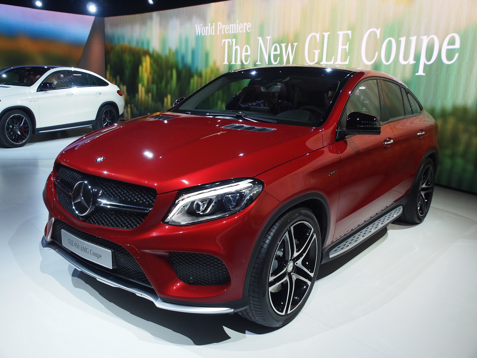 new mercedes gle 450 amg coupe lands in detroit with twin turbo v6. Black Bedroom Furniture Sets. Home Design Ideas