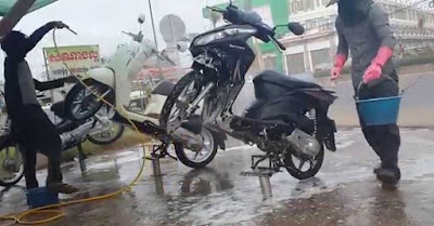 Peluang usaha jasa basuh sepeda motor dan mobil