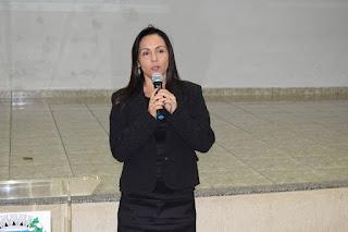 Cecília durante discurso