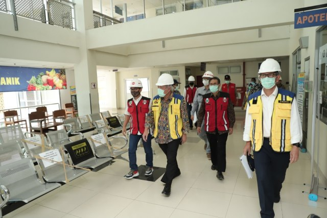 Tinjau Gedung Darurat COVID-19 di Jogja, Ini Kata Menteri PUPR