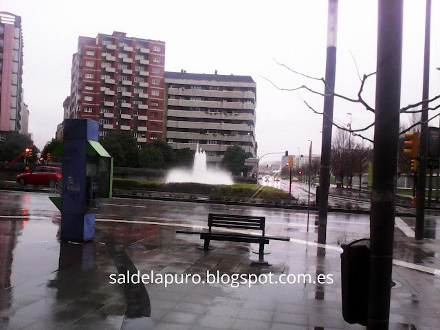 fuente-plaza-humedal-gijón
