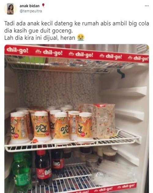 Bocah Bayar Minuman Lebaran saat Silaturahmi, Tuan Rumah: Lah Dikira Dijual
