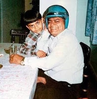 virat kohli with her father in childhood