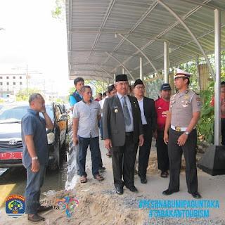 Rombongan Pemkot Tarakan dan BI Mendatangi Lokasi Pusat Jajanan Bangayo - Tarakan Info