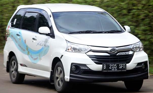 Mobil Xenia Tulungagung