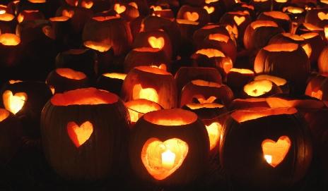 http://www.daringdaughters.org/pumpkins/heart-pumpkins/