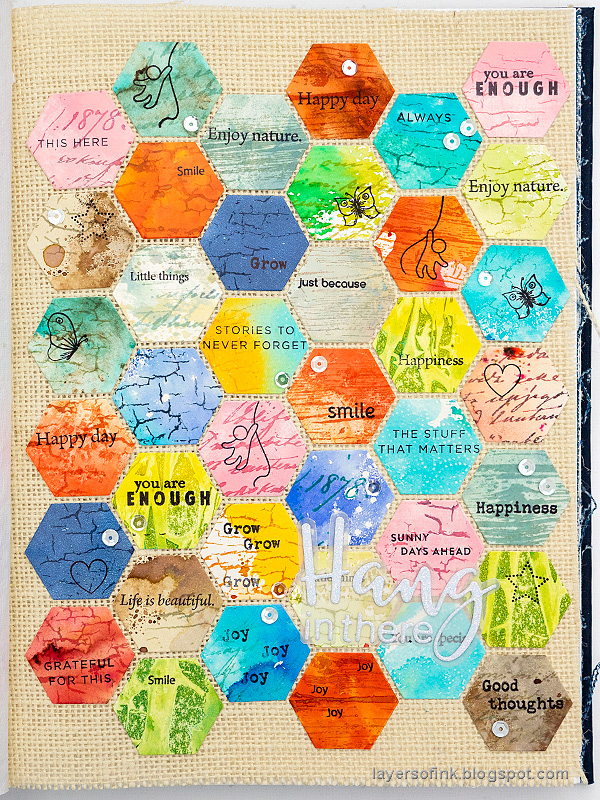 Layers of ink - Honeycomb Patchwork Tutorial by Anna-Karin Evaldsson.