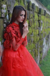 Hunting konsep foto model cantik igo Cinta Rarung model elmo