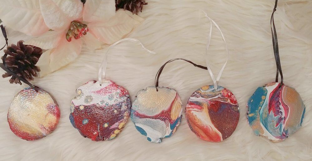 DIY Paint Pour Ornaments