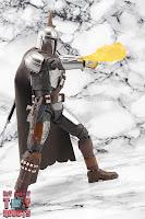 S.H. Figuarts The Mandalorian (Beskar Armor) 49
